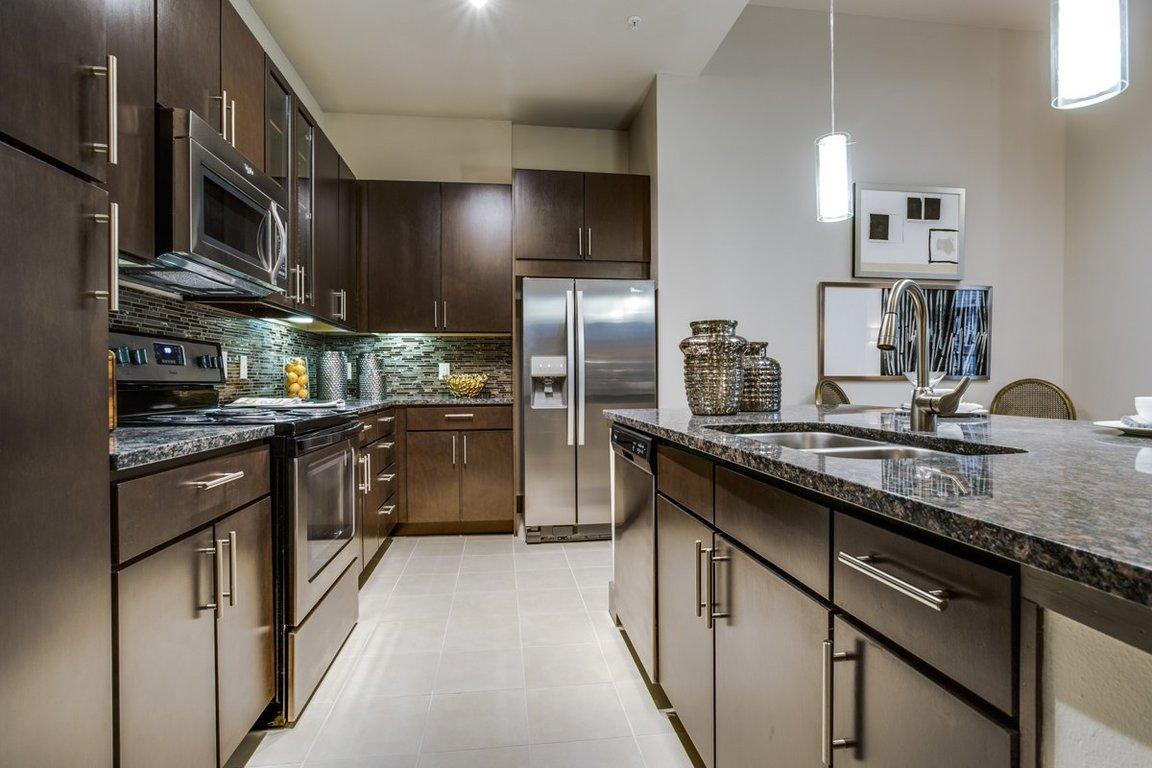 5755 Almeda Road #409, Houston, TX - 1,585 USD/ month