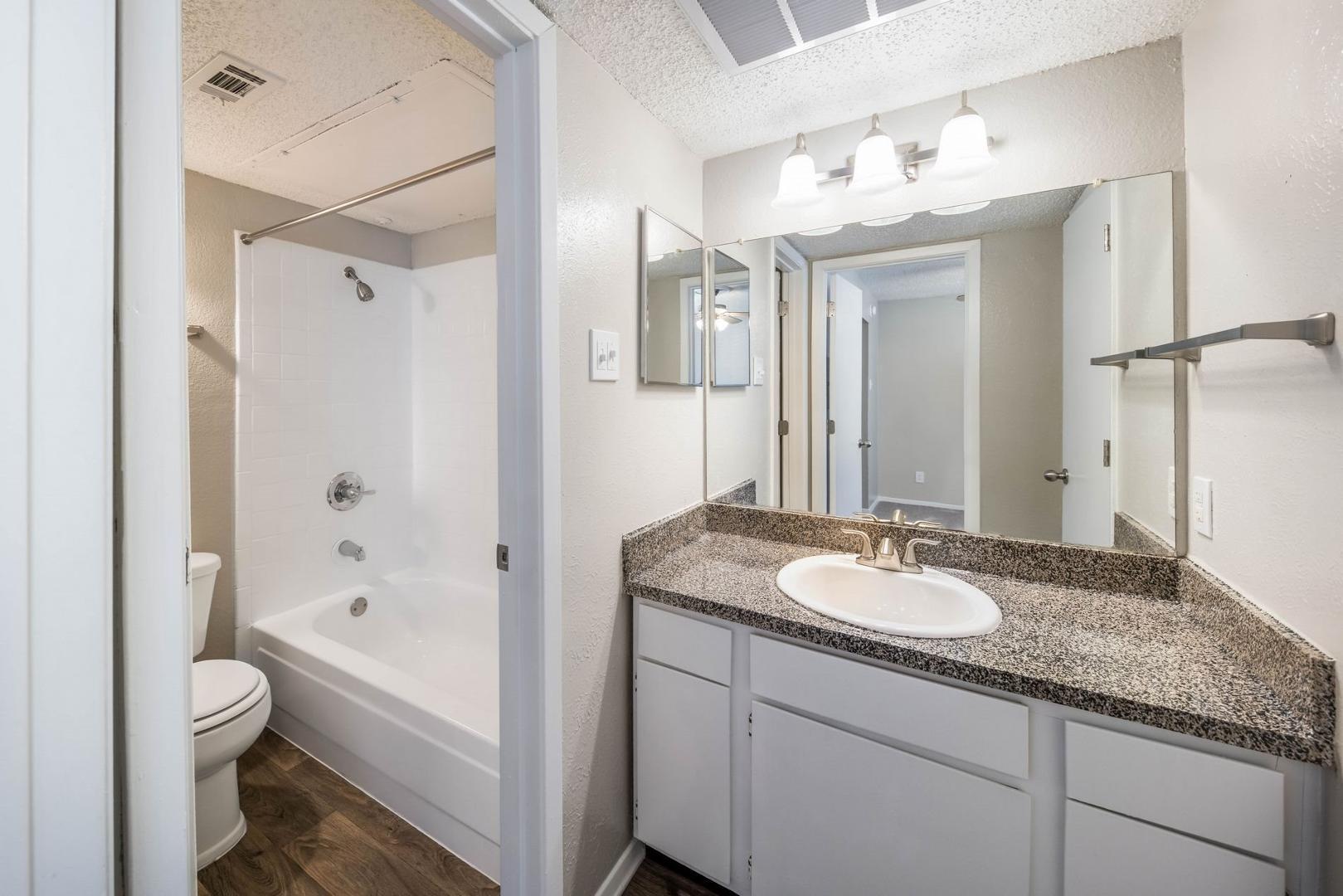 1679 Sotogrande Boulevard #0303, Euless, TX - 904 USD/ month