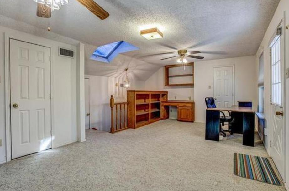 7509 Woodhaven Dr, North Richland Hills, TX - 2,200 USD/ month