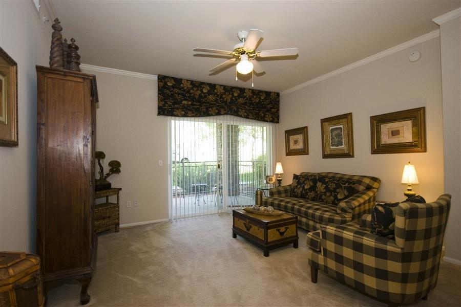 355 W Burgundy Street #2035, Highlands Ranch, CO - 2,039 USD/ month