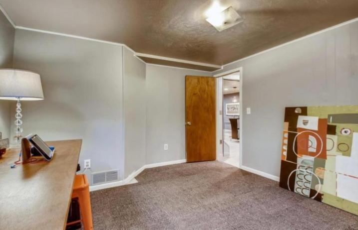 5400 E Jewell Ave - 2300USD / month
