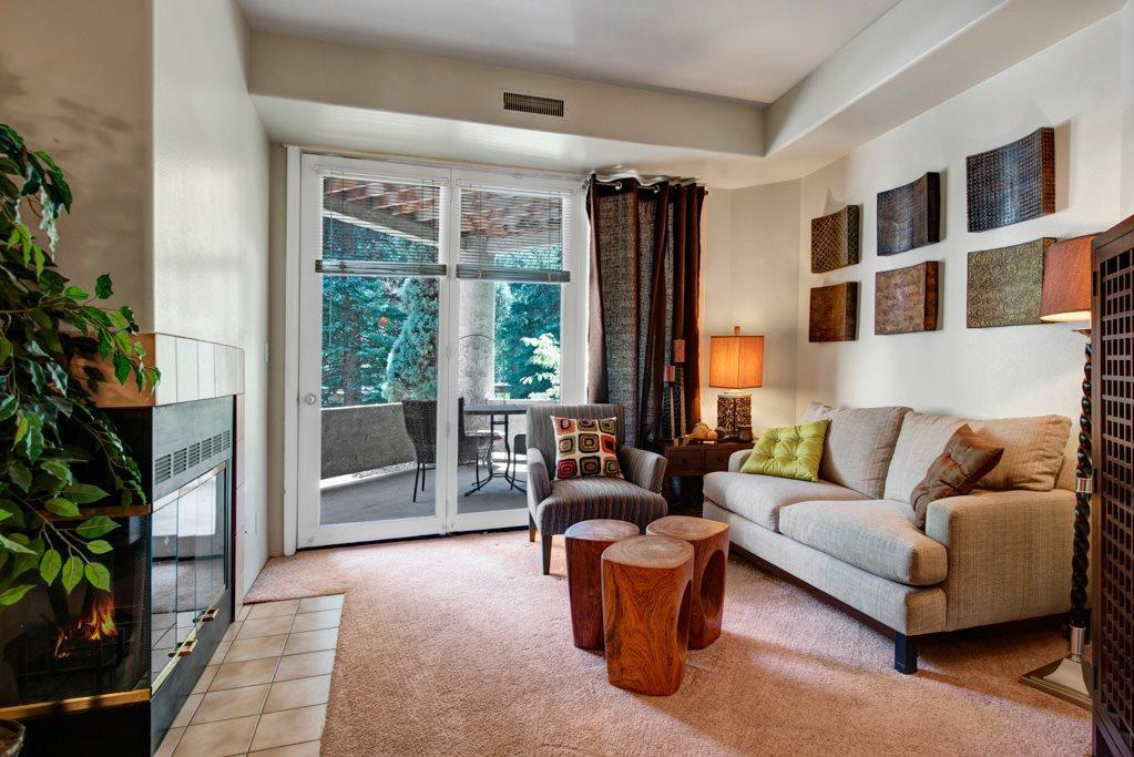 145 West Cheyenne Road #323, Colorado Springs, CO - 1,855 USD/ month
