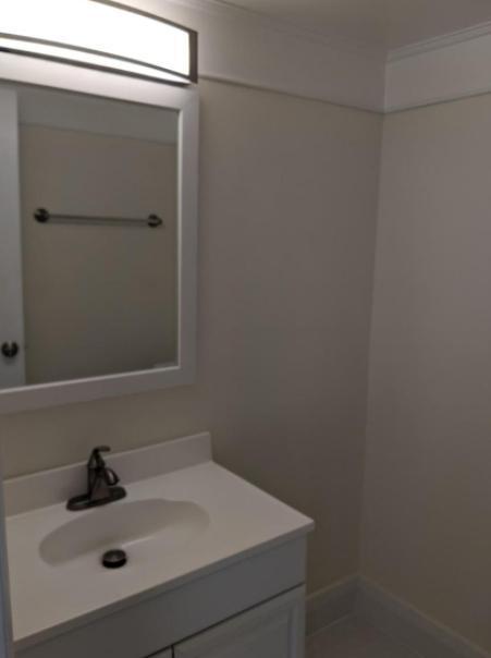 3366 Woodburn Rd #32, Annandale, VA - 1,900 USD/ month