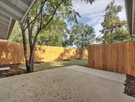 2206 Pasadena Dr #A, Austin, TX - 2,290 USD/ month