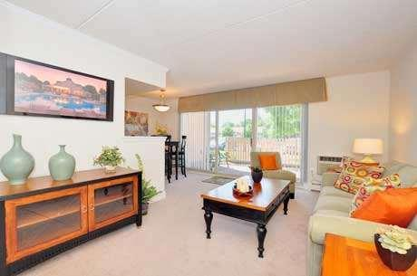 1100 W Chester Pike #F-22, West Chester, PA - 1,820 USD/ month