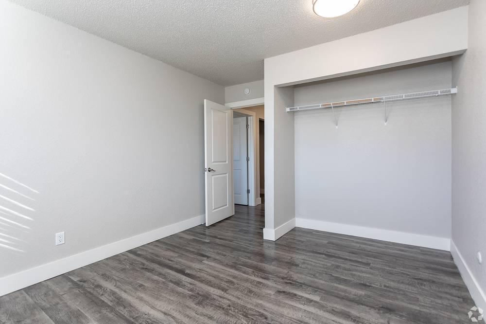 2713 Arlington Drive #203, Colorado Springs, CO - 1,114 USD/ month