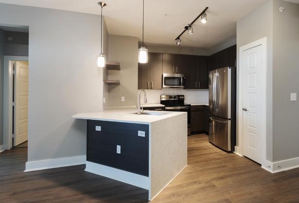 1620 E Riverside Drive #5069, Austin, TX - 2,886 USD/ month