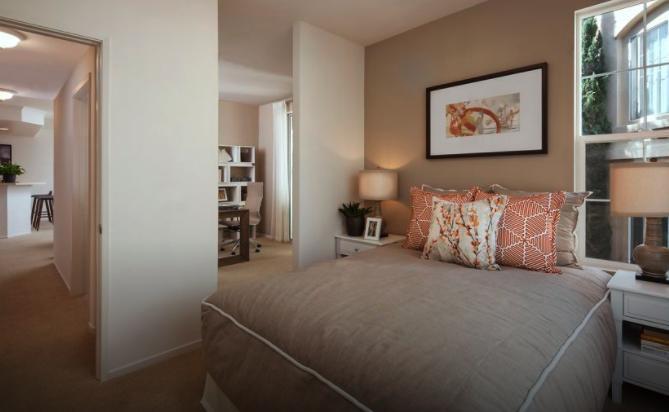 11100 Vista Sorrento Pkwy #21-U303, San Diego, CA - 4,305 USD/ month