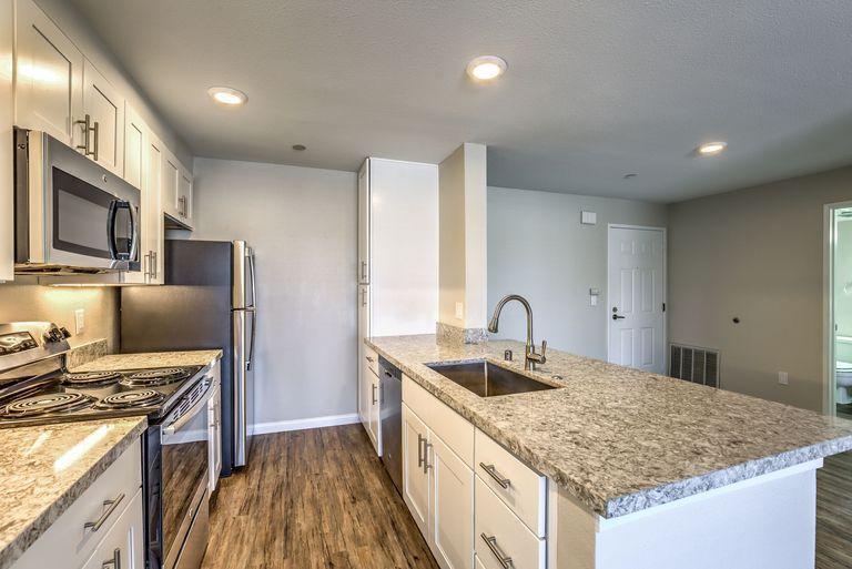 4179 3rd Avenue #201, San Diego, CA - 2,168 USD/ month