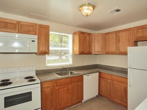 892 Woodcrest Drive #7101, Dover, DE - 2,045 USD/ month
