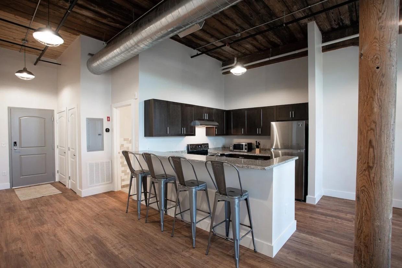 200 Esten Avenue #517, Pawtucket, RI - 1,825 USD/ month