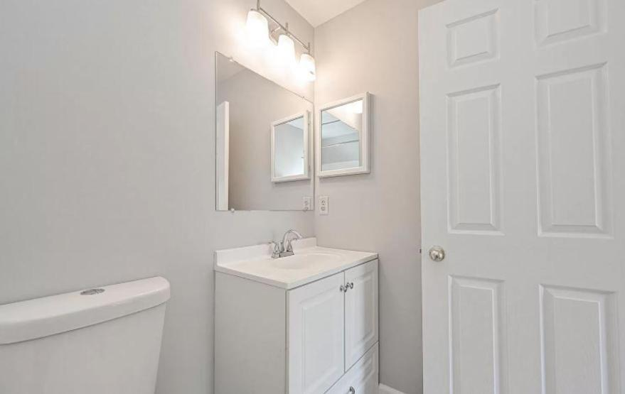 43555 Patching Pond Sq, Ashburn, VA - 1,850 USD/ month