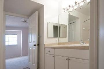 11500 NW 56th Drive #17-115, Coral Springs, FL - 2,880 USD/ month