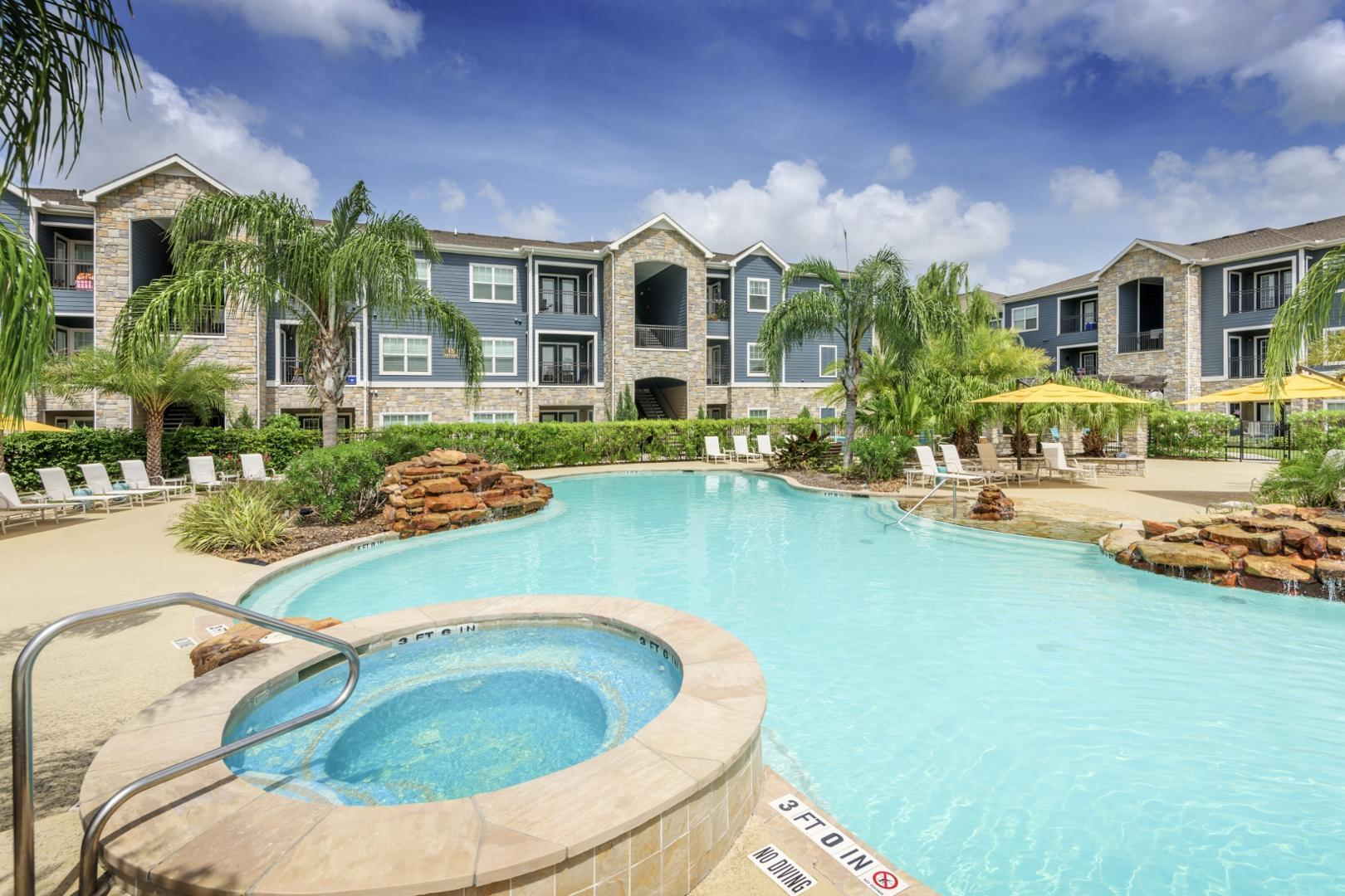 1225 Lawrence Road #1225, Kemah, TX - 1,370 USD/ month