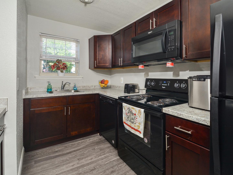 41 Fairway Rd 2c #12-2C, Newark, DE - 896 USD/ month
