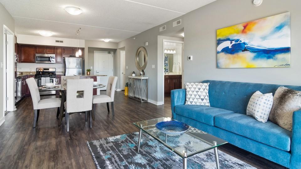 1255 Town Center Rd #6C, Vernon Hills, IL - $3,635 USD/ month