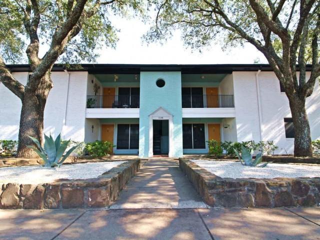 1630 Rutland Drive #298, Austin, TX - 1,300 USD/ month