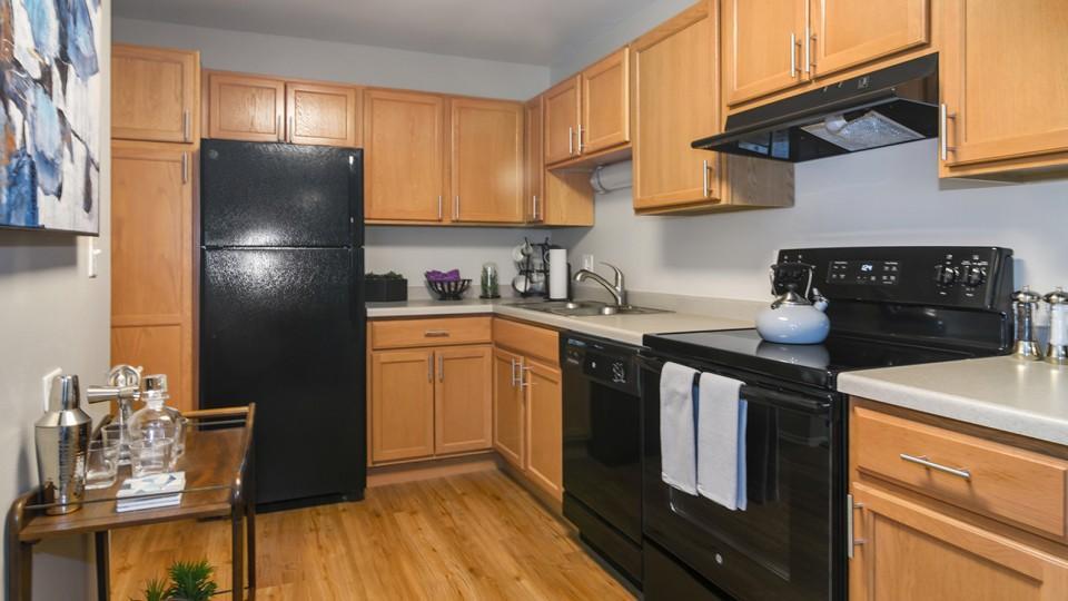 2000 W Illinois Ave #329, Aurora, IL - $1,200 USD/ month