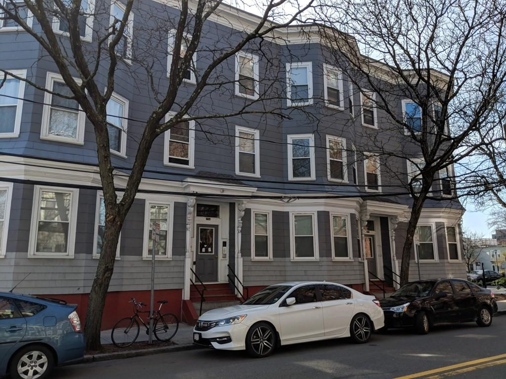 254 Windsor St #2L, Cambridge, MA - $3,400 USD/ month