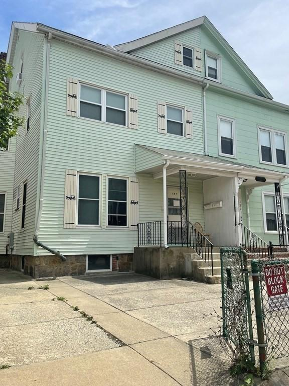 141 Franklin Street #2, Boston, MA - 3,200 USD/ month