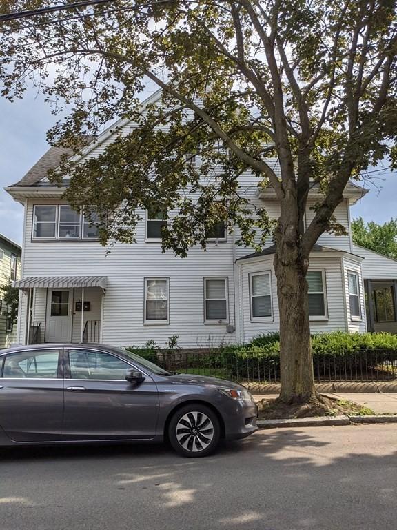 14 Donnybrook Road #1, Boston, MA - 2,500 USD/ month