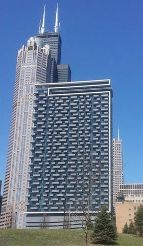 235 West Van Buren Street #4115, Chicago, IL - $2,300 USD/ month