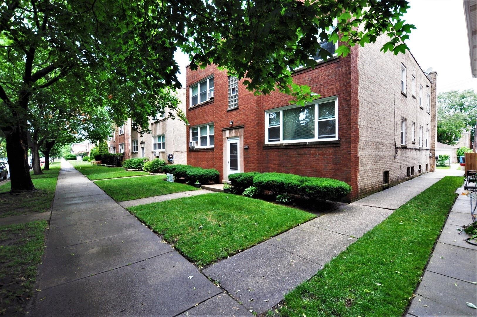 2716 West Rascher Avenue #2W, Chicago, IL - 1,695 USD/ month