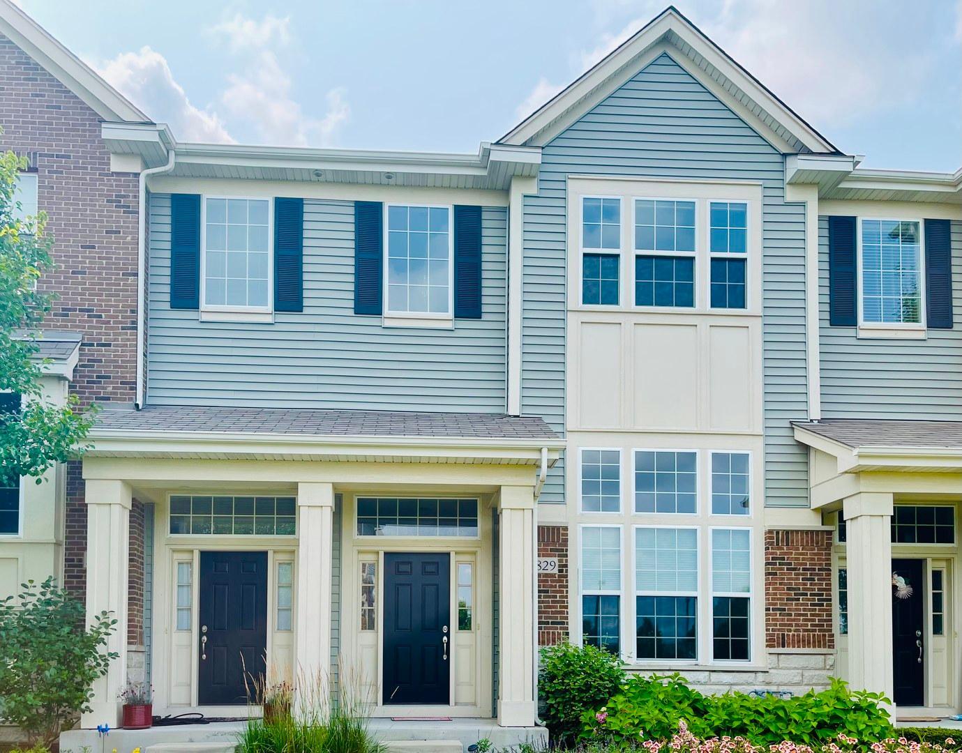 2829 Henley Lane, Naperville, IL - 2,400 USD/ month