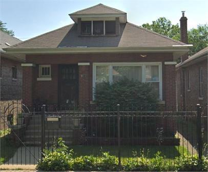 8111 South Manistee Avenue, Chicago, IL - 1,675 USD/ month