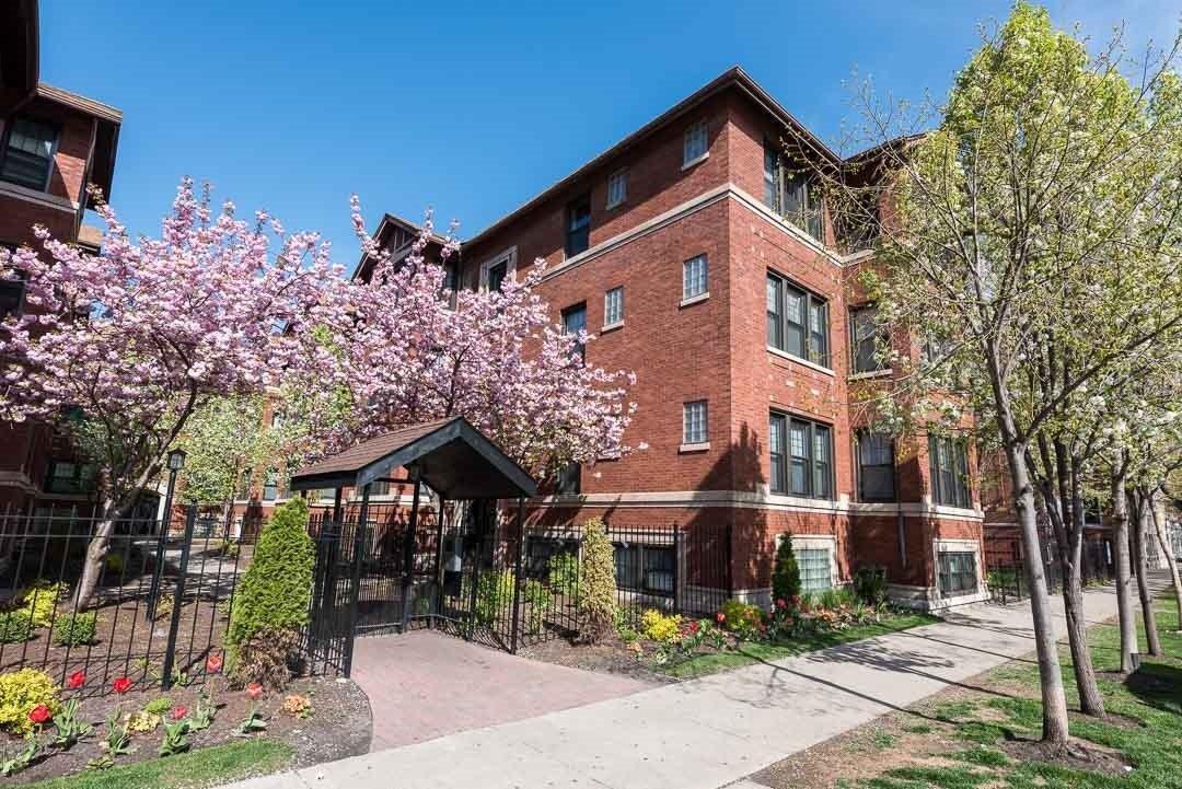 5030 North Winthrop Avenue #2E, Chicago, IL - 1,625 USD/ month