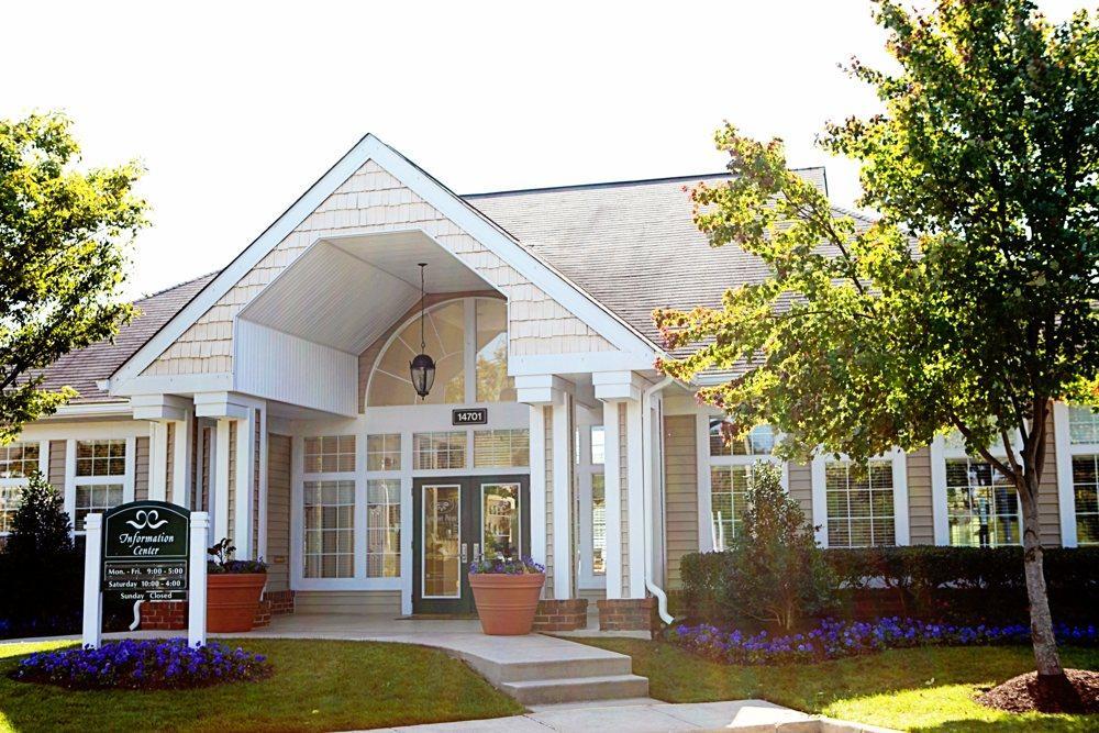 14701 Deming Dr #303, Gainesville, VA - 1,389 USD/ month