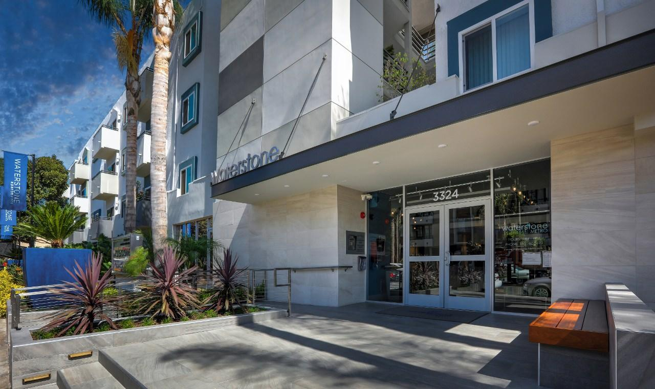 3324 Castle Heights Ave #237, Los Angeles, CA - $3,655 USD/ month