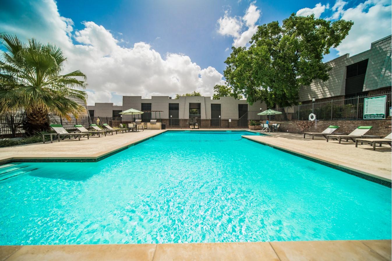 1616 Royal Crest Drive #007, Austin, TX - 1,295 USD/ month
