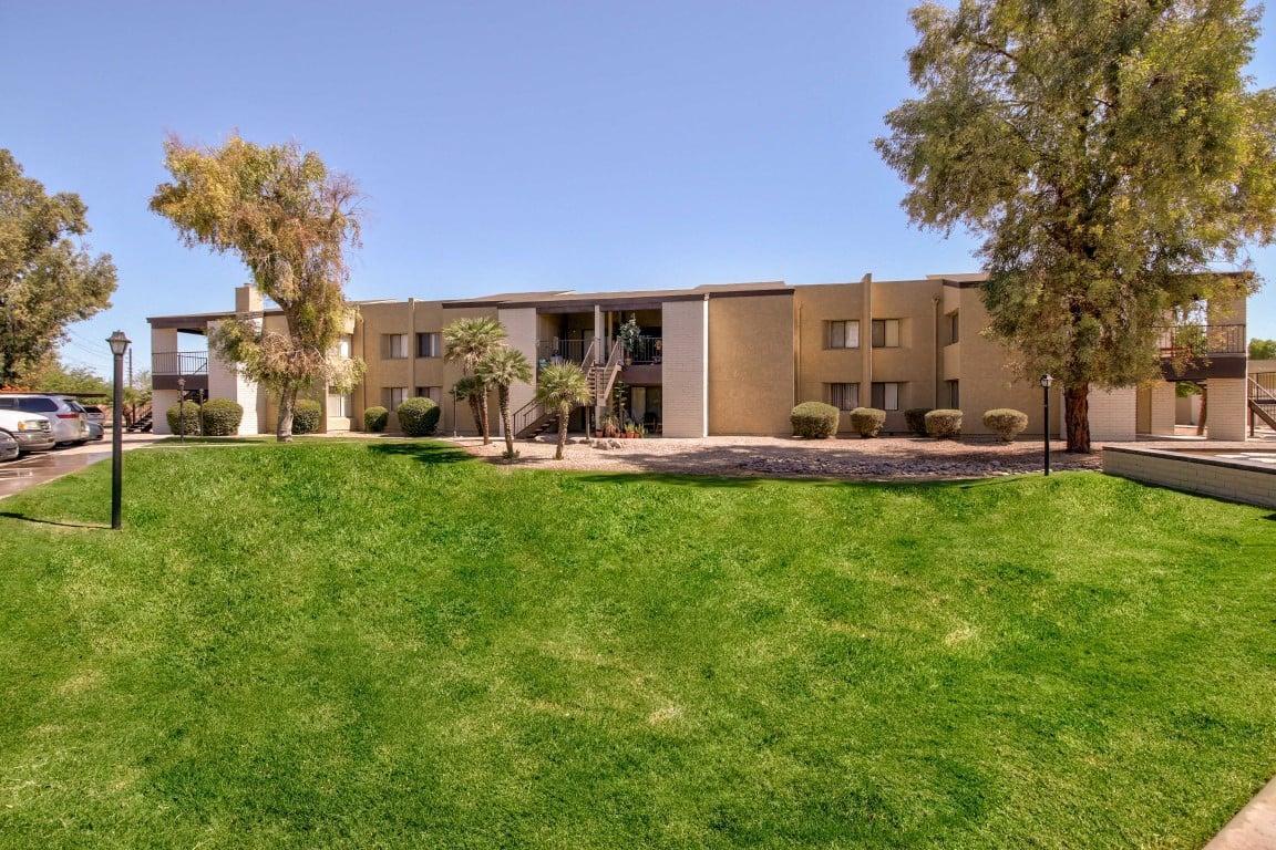 1000 N Arizola Road #403, Casa Grande, AZ - 1,150 USD/ month