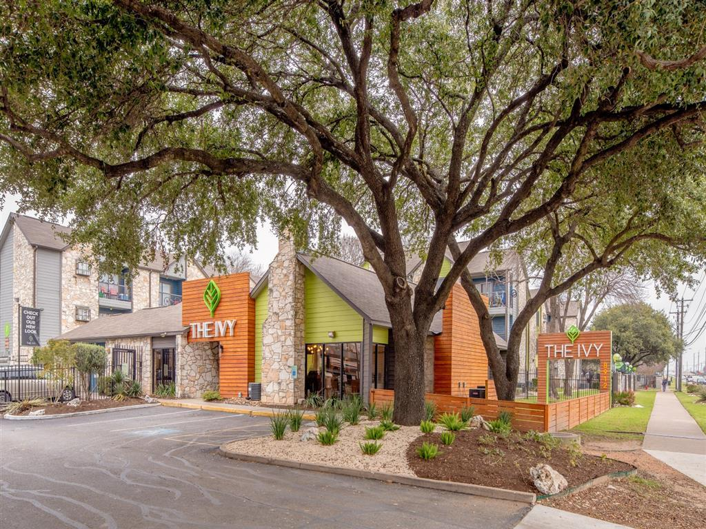 8912 North Lamar Blvd #260, Austin, TX - 1,000 USD/ month