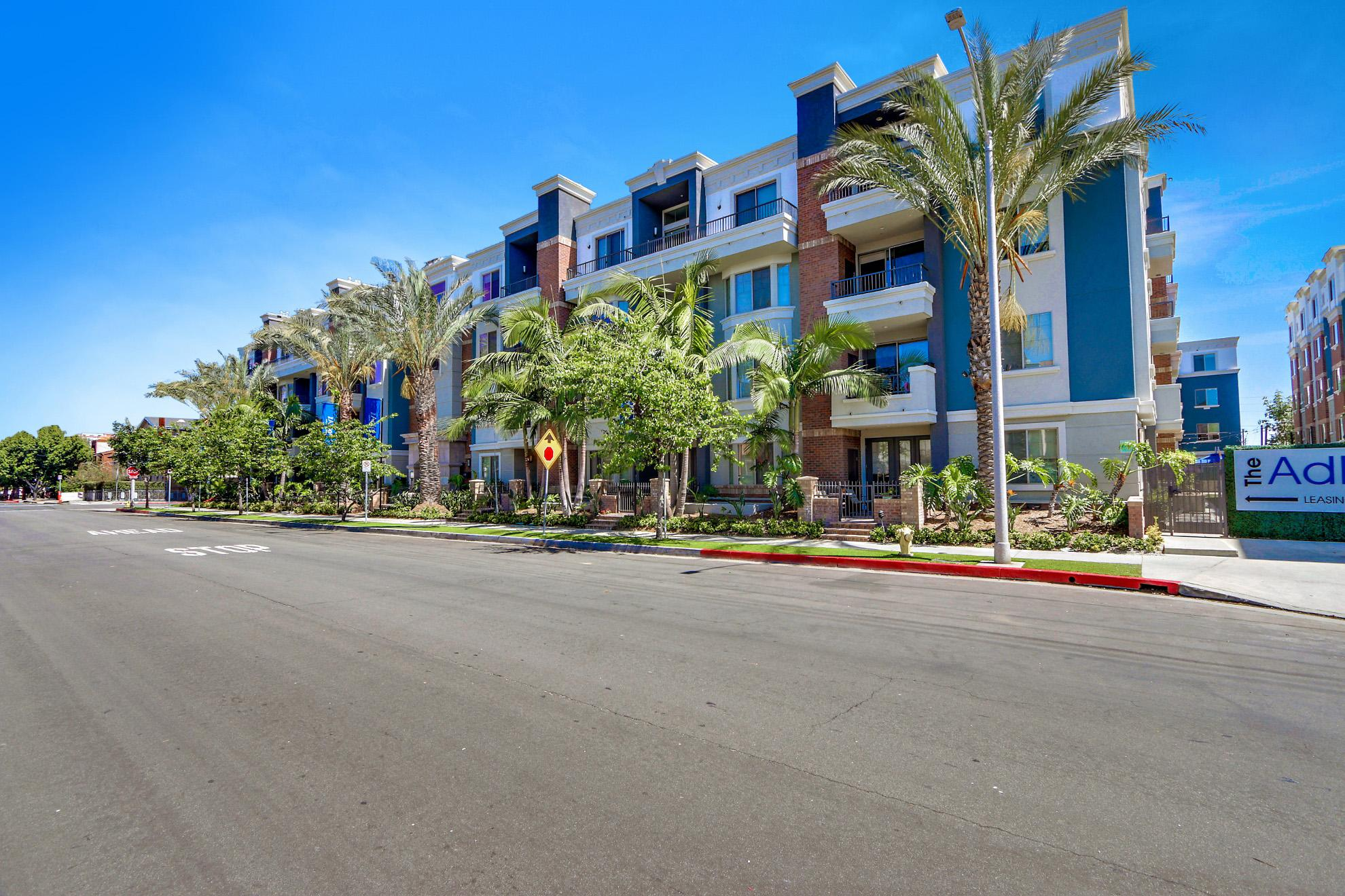 11950 And 12000 Idaho Ave #1-319R, Los Angeles, CA - 4,440 USD/ month