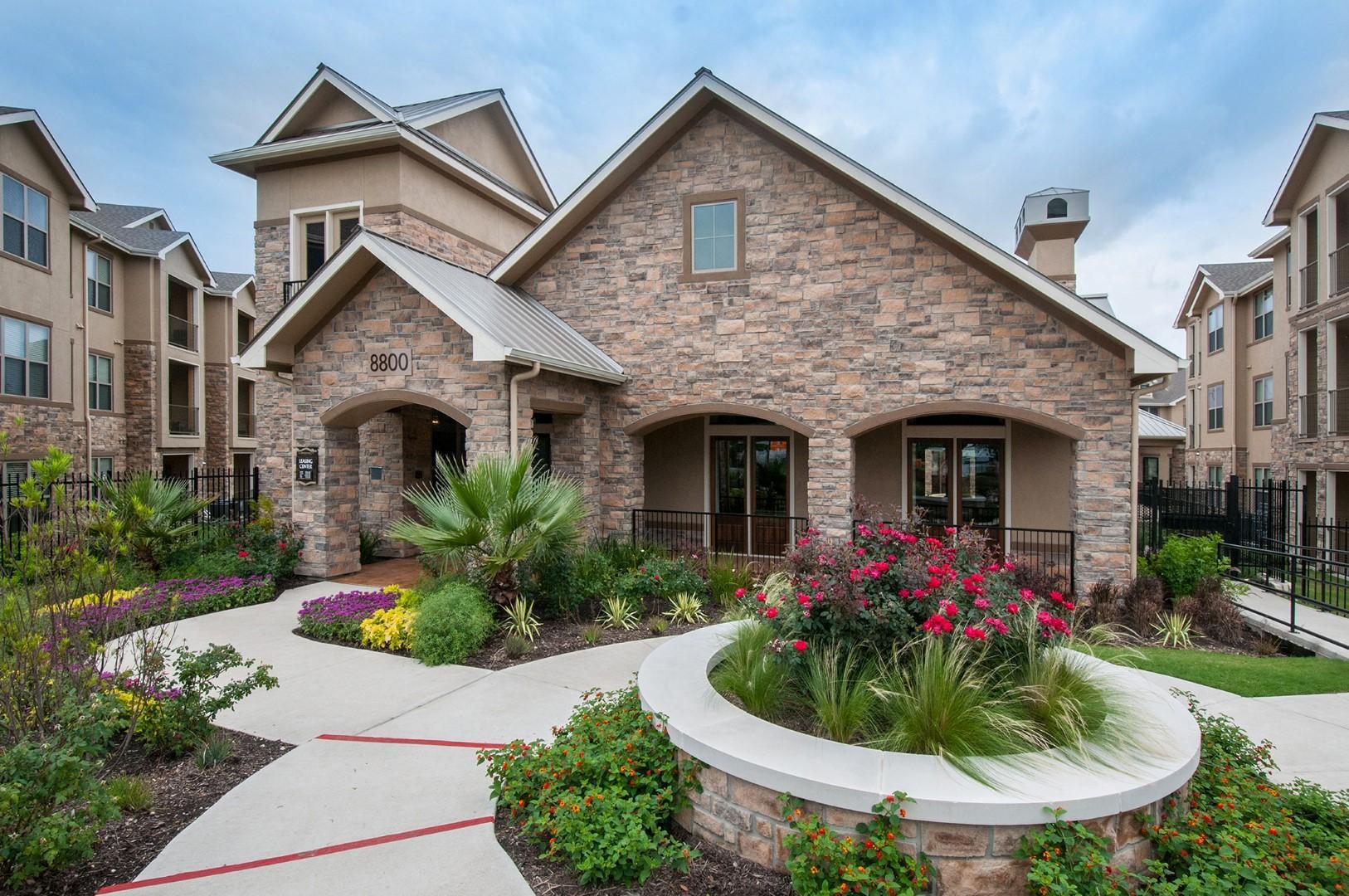 8800 S 1st Street #1035, Austin, TX - 1,250 USD/ month
