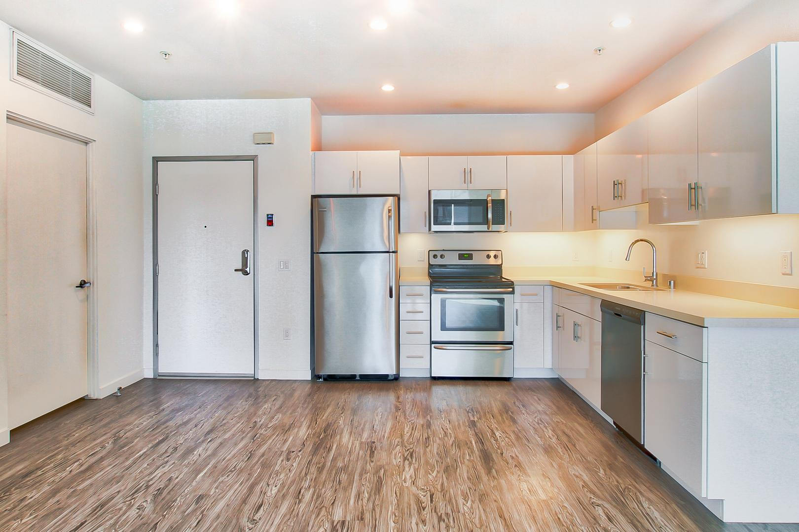 215 N Maryland Ave #311, Glendale, CA - $2,470 USD/ month