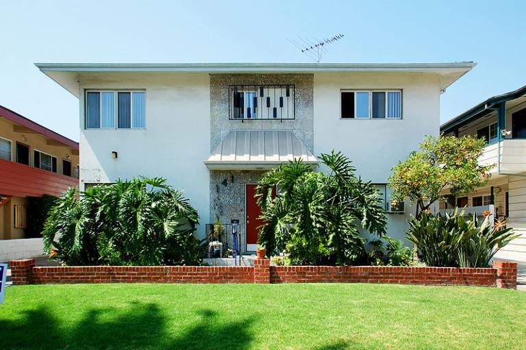 141 North Hamilton Drive #C, Beverly Hills, CA - $1,829 USD/ month
