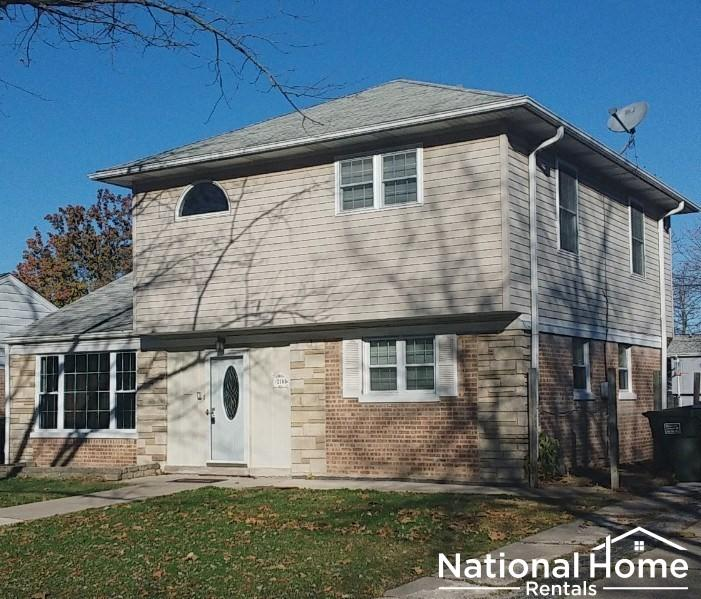 2148 Spruce Rd #H0000586, Homewood, IL - $1,999 USD/ month