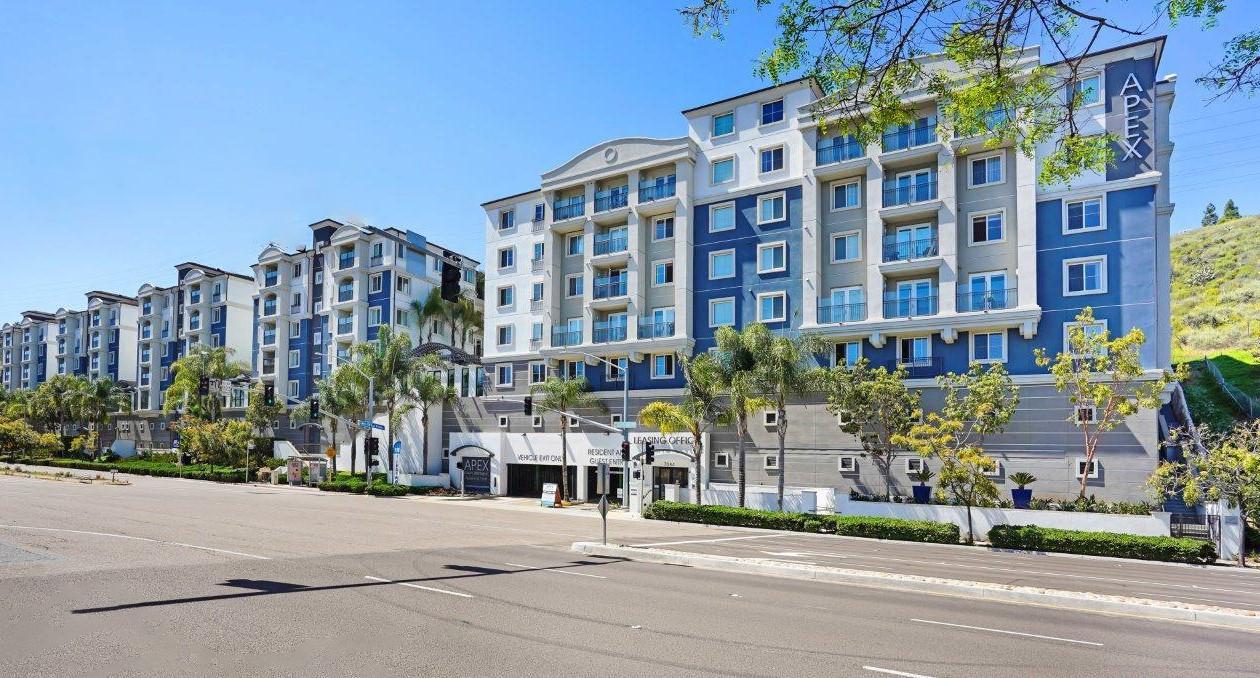 7084 Friars Rd #102, San Diego, CA - 4,395 USD/ month