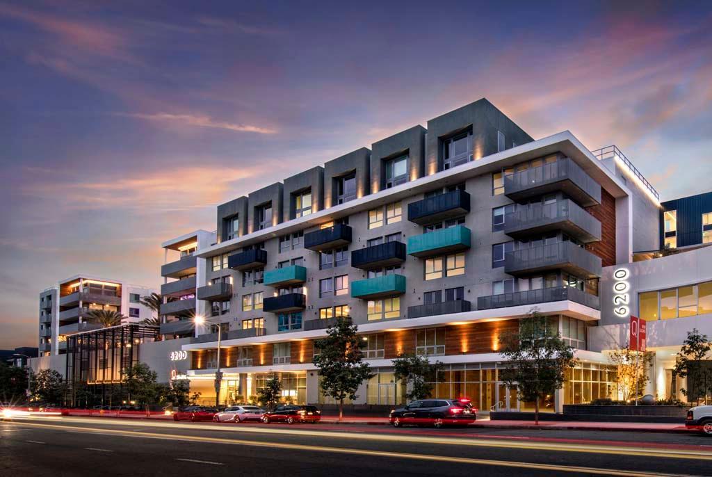 6200 Variel Avenue #PH708, Los Angeles, CA - 5,500 USD/ month