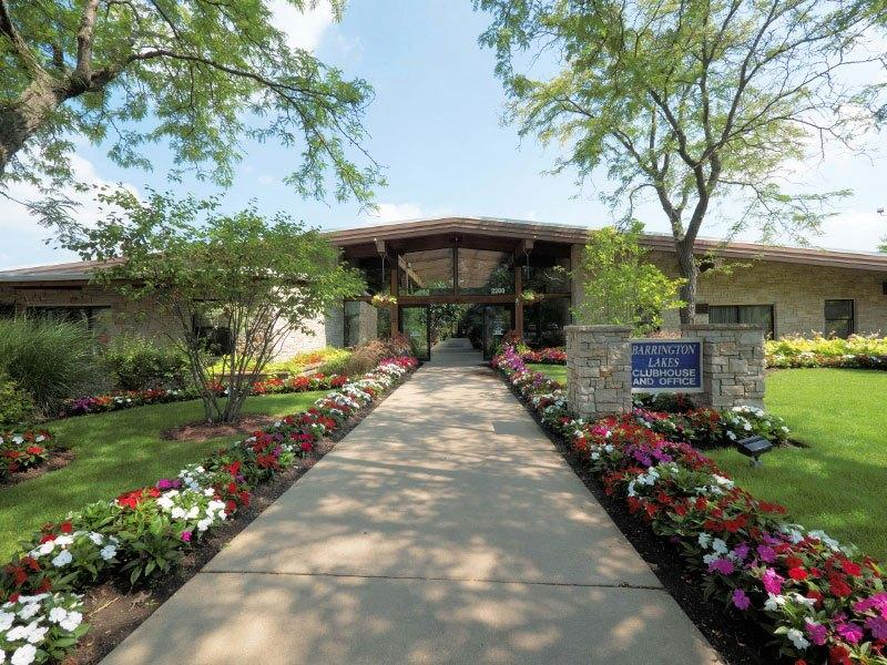 2200 Hassell Rd #2020115, Hoffman Estates, IL - $1,075 USD/ month