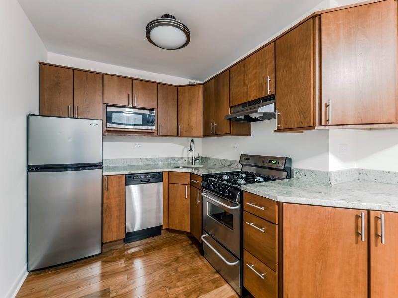 800 Hinman Ave #800206, Evanston, IL - $1,260 USD/ month