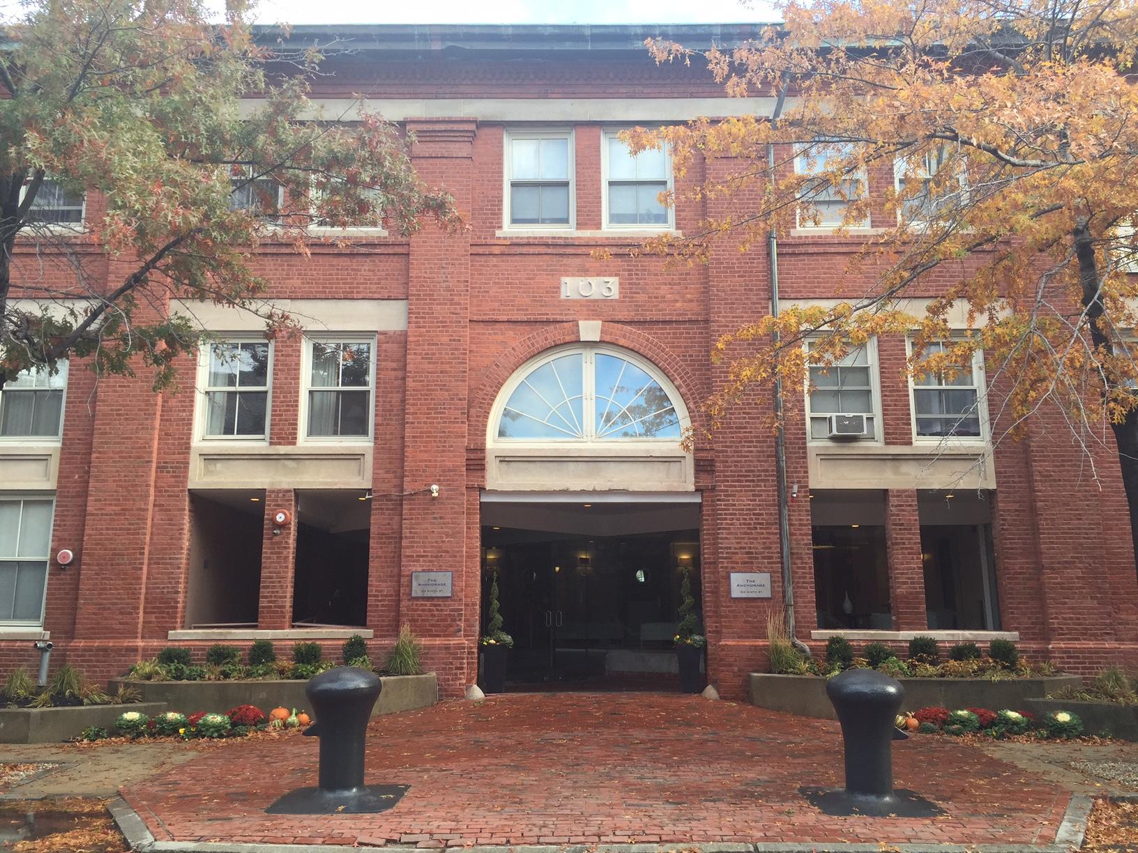103 Ninth Street #337, Boston, MA - 2,300 USD/ month