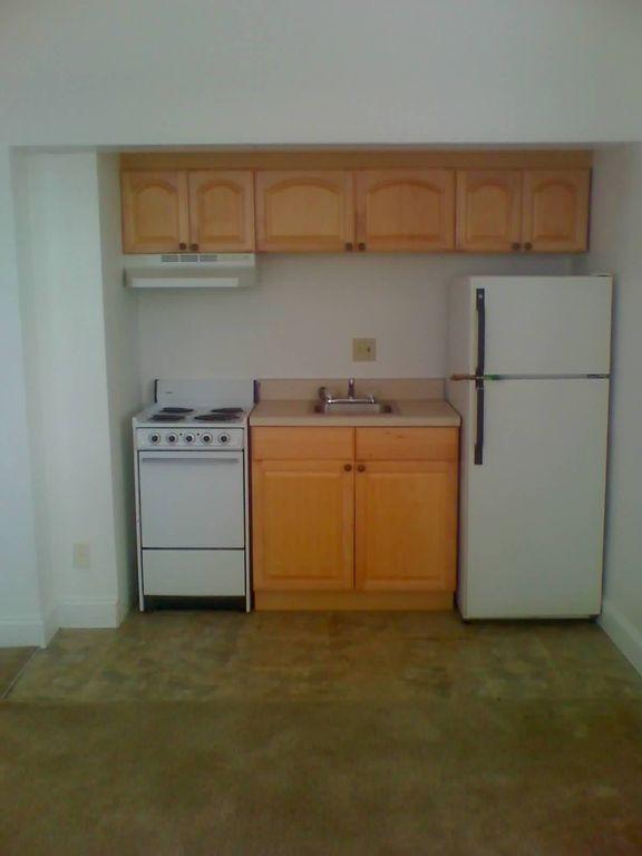 311 Ashley Street #1107, Jacksonville, FL - 810 USD/ month