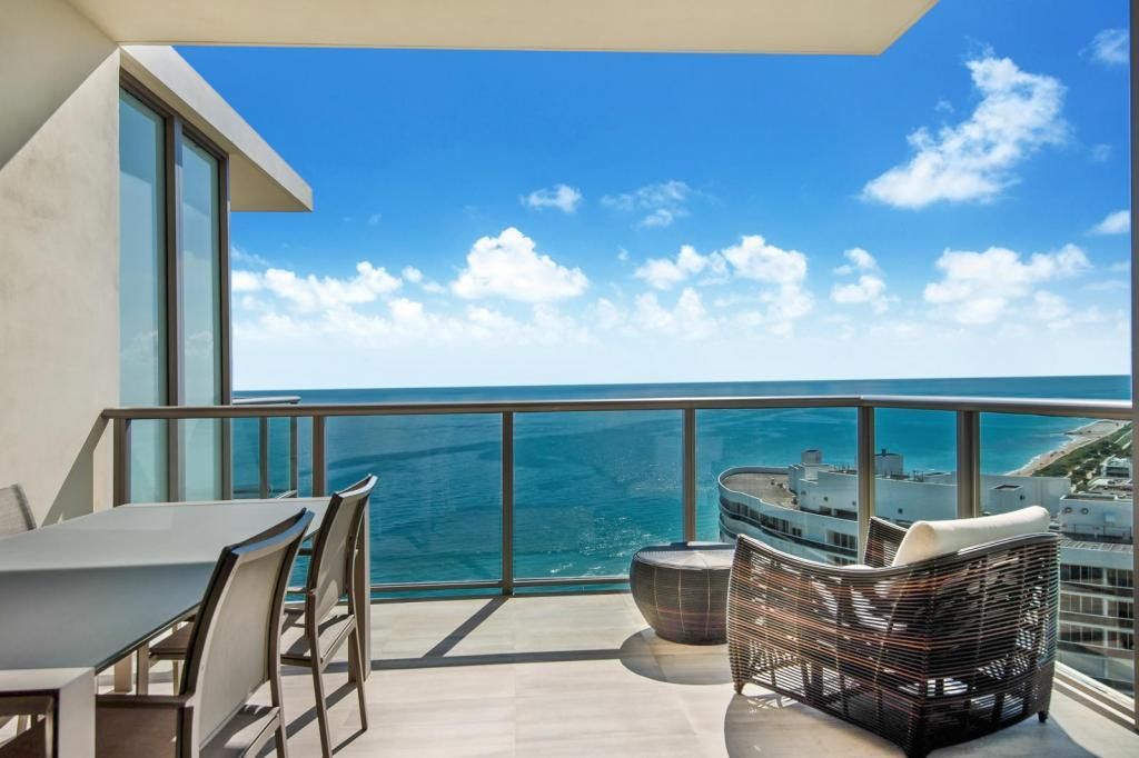 9703 Collins Ave #2712, Bal Harbour, FL - $17,000 USD/ month