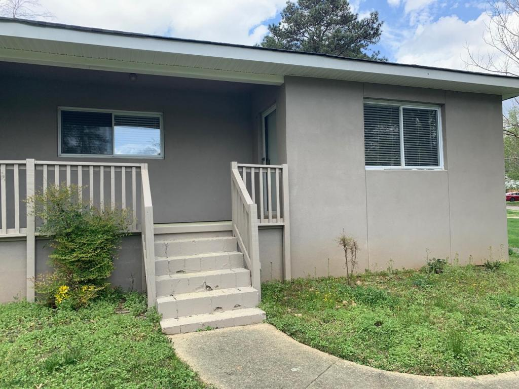 4100 Campbell Rd, Raleigh, NC - 1,250 USD/ month