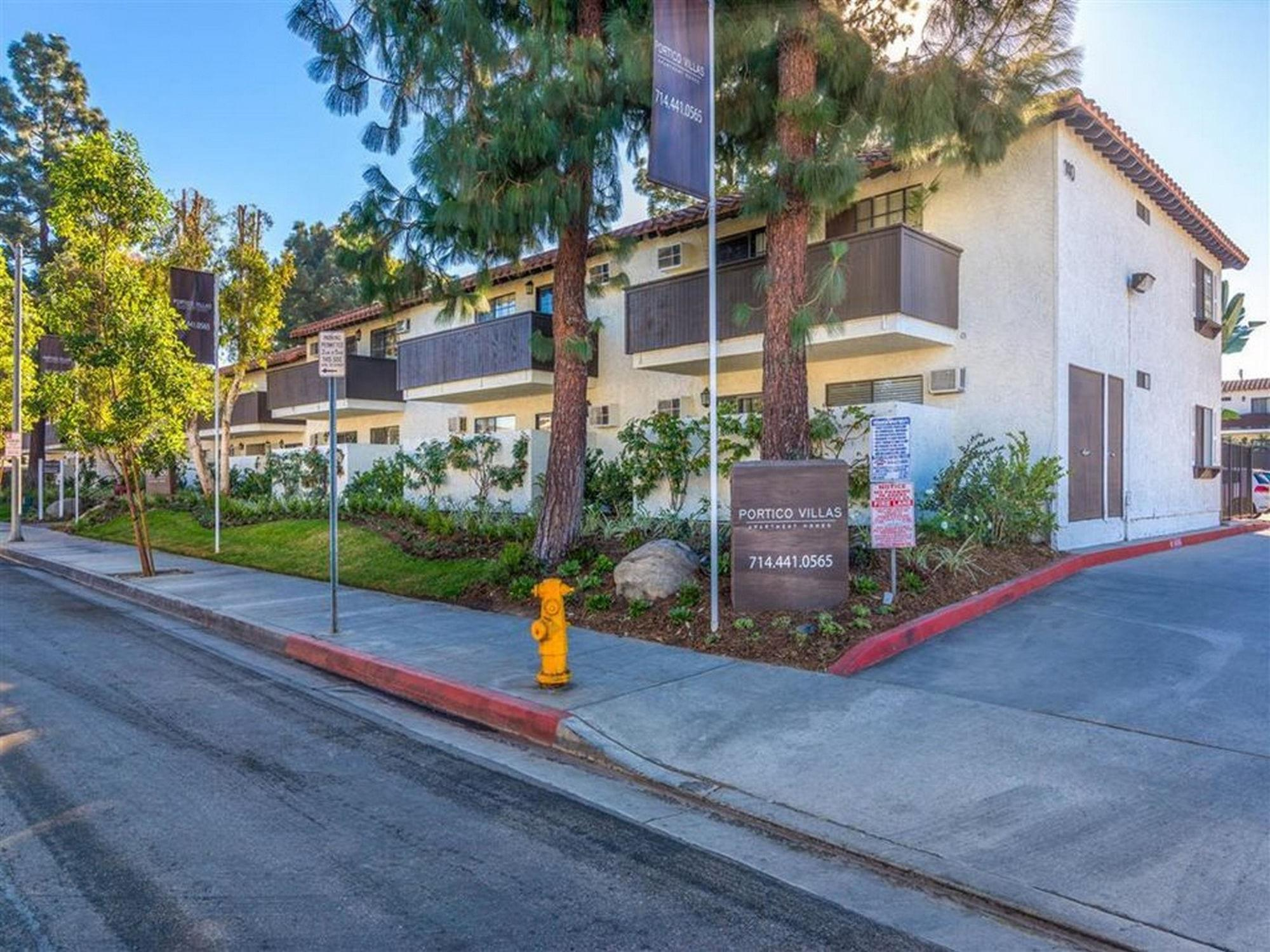 140 West Hill Avenue - 1730USD / month