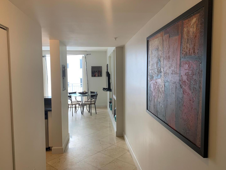 185 SE 14 Terrace #2201, Miami, FL - $1,770 USD/ month